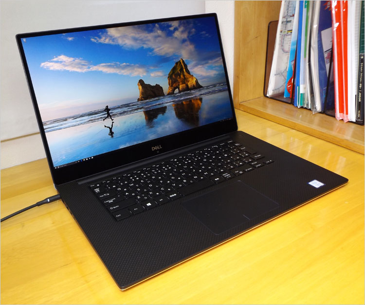 DELL XPS 15 (9570)レビュー